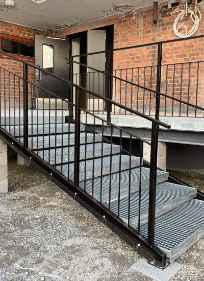 Teräspinnakaiteet ja portaat, Malski